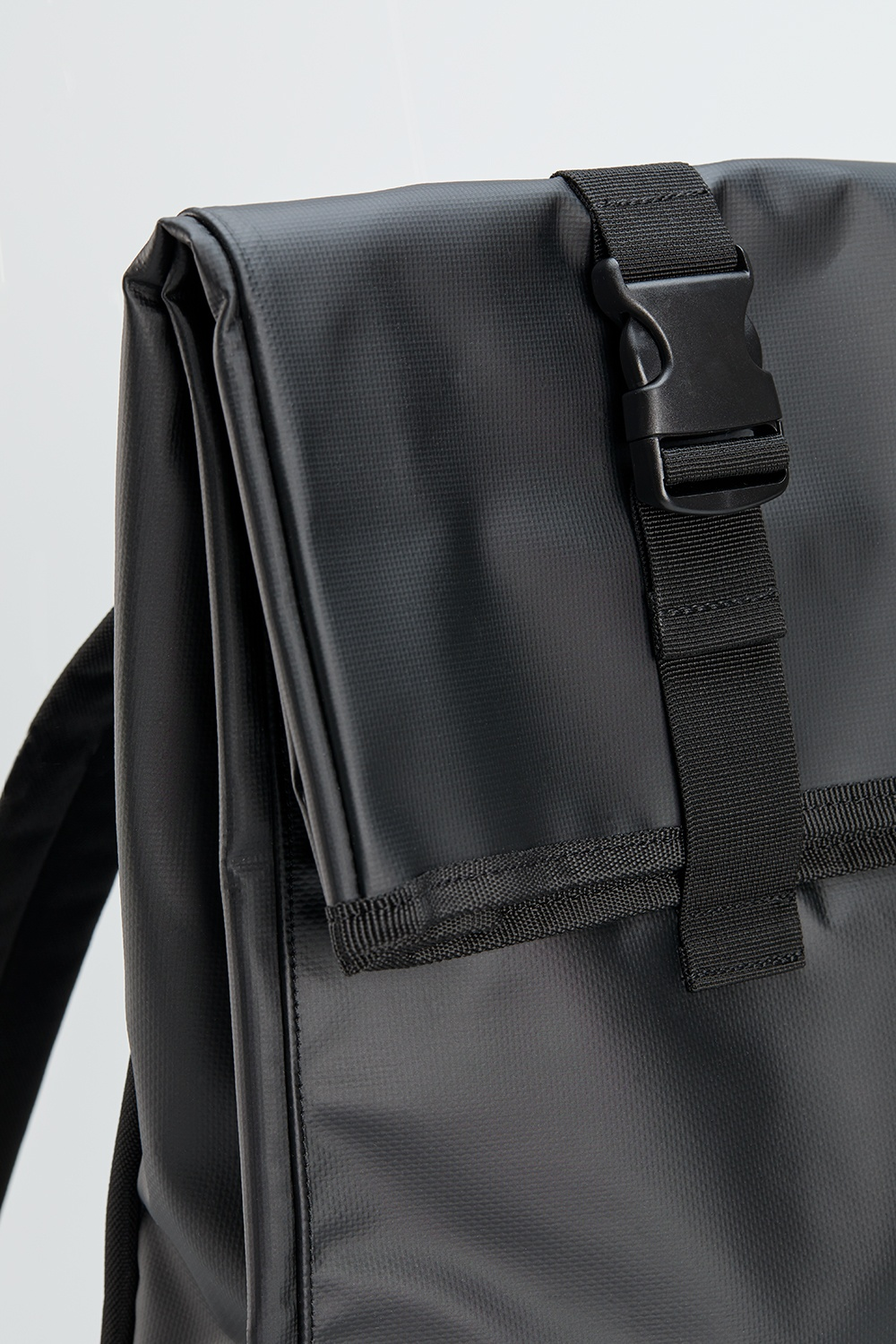 Sequoia backpack detail